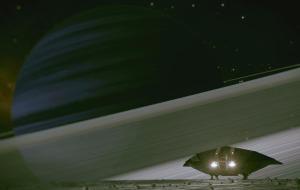 Pequeña luna orbitando cerca del anillo de un gigante gaseoso